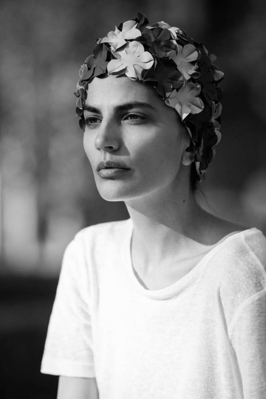 Prirodna ljepota Midikennovog top modela Helene Šopar na gradskom asfaltu