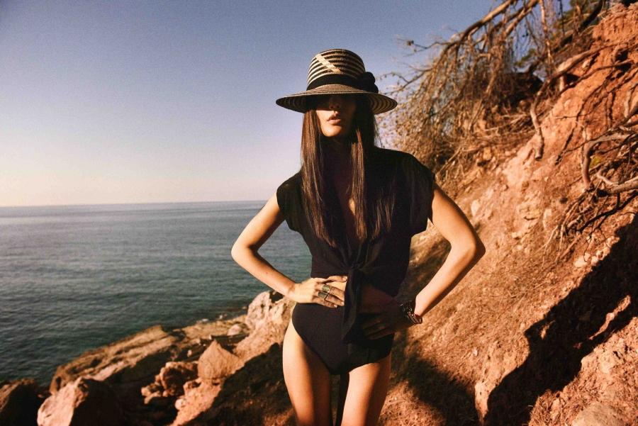 Midikennov top model Helena Šopar za najnoviju kampanju YOSUZI